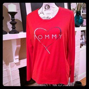 🆕 Tommy Hilfiger ❤️ Long sleeved logo t-shirt 💙